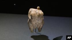 ونوس «اوله فلس» از ۴۰ هزار سال پیش قدیمی ترین تصویر پیدا شده از انسان های مدرن است