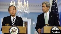 اقوامِ متحدہ کے سیکرٹری جنرل بان کی مون اور امریکی وزیرِ خارجہ جان کیری