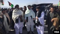 در نتیجۀ این تظاهرات، شاهراه کندهار - کابل، برای شش ساعت مسدود بود که ده ها موتر و صدها مسافر گیر مانده بودند.