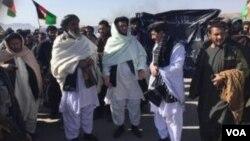 لاریونکوونکو له افغان حکومت څخه وغوښتل چې لاریونکوونکو پر وینا د بې ګناه خلکو نیولو لړۍ دې بنده کړي.