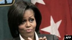 Prva dama Amerike Mišel Obama na čelu inicijative Dozvolimo devojčicama da uče