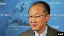 Chủ tịch Ngân hàng Thế giới Jim Yong Kim nói ông hài lòng về những cải cách ở Miến điện