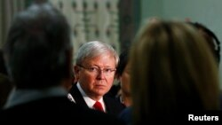 Thủ tướng Australia Kevin Rudd trong một cuộc họp báo ở Sydney.
