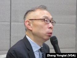 台湾师范大学政治研究所教授范世平(美国之音张永泰拍摄)