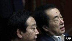 Слева направо: Иосихико Нода и Наото Кан. Архивное фото. Июнь 2011г.