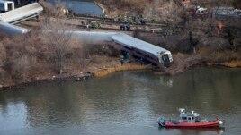 Një tren doli nga shinat dje në Nju Jork