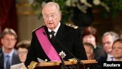 Quốc vương Albert đệ Nhị của Bỉ thoái vị sau 20 năm trị vì.