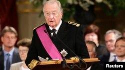 Король Бельгии Альбер II на торжественной церемония в королевском дворце. Брюссель, Бельгия. 21 июля 2013 г.