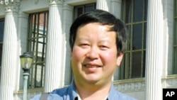 北京大學經濟學教授夏業良