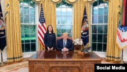Mẹ Nấm và TT Donald Trump tại Tòa Bạch Ốc, 7 tháng 11, 2019. (Hình: Facebook Nguyen Ngoc Nhu Quynh)