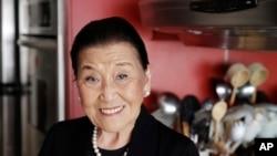 Cecilia Chiang di dapur rumahnya di San Francisco. (AP/Eric Risberg)