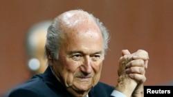 Chủ tịch FIFA Sepp Blatter sau khi được bầu lại tại Đại hội FIFA lần thứ 65 ở Zurich, Thuỵ Sĩ, 29/5/15
