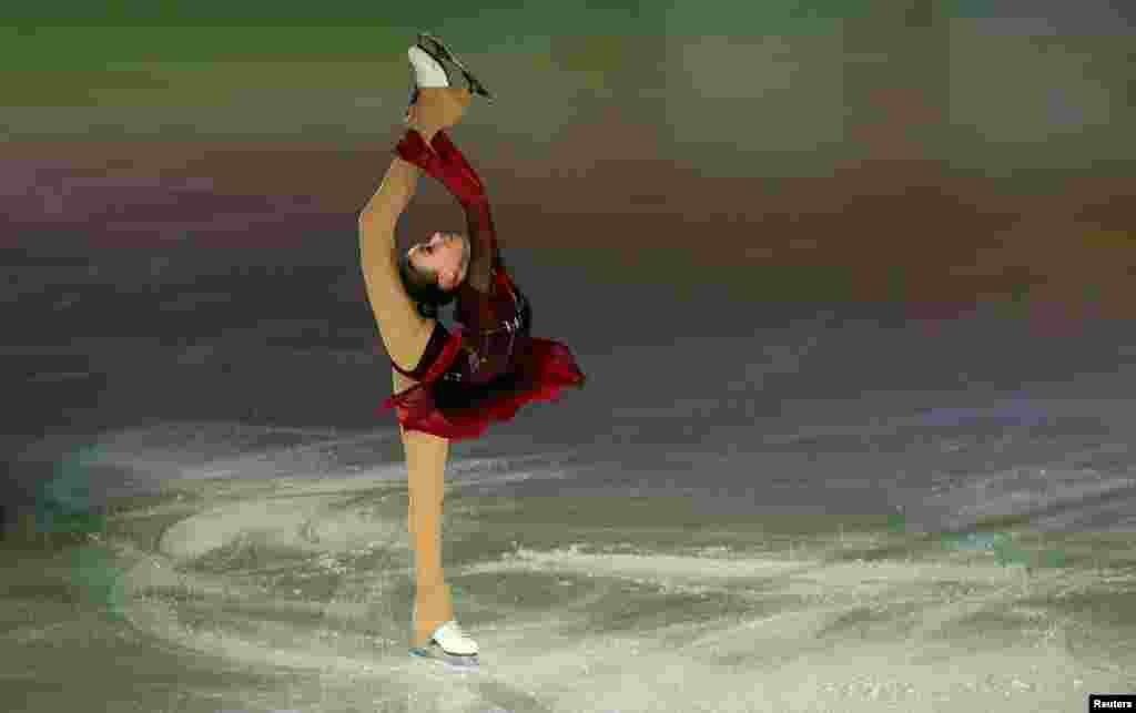 កីឡាការនី Anna Shcherbakova របស់រុស្ស៊ីប្រកួតក្នុងការប្រកួតជិះស្គីទឹកកកអឺរ៉ុបឆ្នាំ២០២០ (European Figure Skating Championship 2020) នៅក្នុងក្រុង Graz ប្រទេសអូទ្រីស។