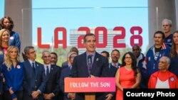 洛杉磯市長(演講者)、市議員和運動員歡迎2028奧運