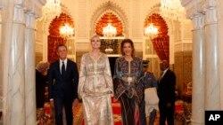 ایوانکا مراکش کے روایتی لباس میں ملبوس عشائیے میں شرکت کیلئے آ رہی ہیں