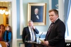 다비드 귄로이그손 전 아이슬란드 총리