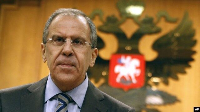 Bộ trưởng Ngoại giao Nga Sergei Lavrov gọi đề nghị của Hoa Kỳ là một đề nghị 'hoàn toàn kém thực tế về mặt chính trị'