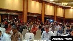 Badan Nasional Penanggulangan Terorisme menggelar silaturahmi dengan 124 napi terorisme dan 51 korban terorisme di Hotel Borobudur, Jakarta, 28 Februari 2018. (Foto:VOA/Andylala)
