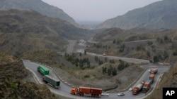 مشیر تجارت نے پاک افغان ٹرانزٹ ٹریڈ معاہدے پر بھی تحفظات کا اظہار کیا ہے۔