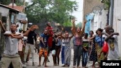 Wakazi wa Kinshasa wakiimba nyimbo za kumtaka Kabila aondoke madarakani