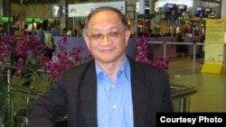 Tiến sĩ Lê Đăng Doanh