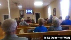 Dan Sweet preaches to the members of the Hickory Hill United Methodist Church.