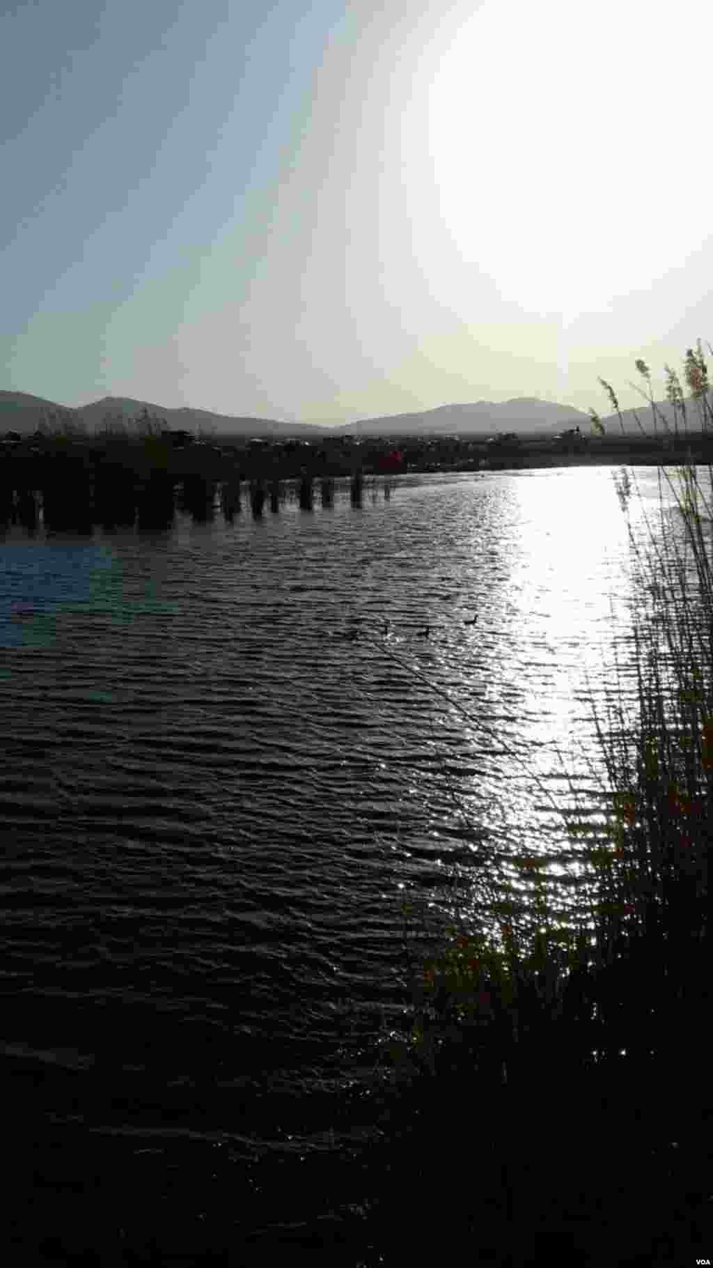 تالاب هشیلان در کرمانشاه عکس: کیومرث (ارسالی شما)