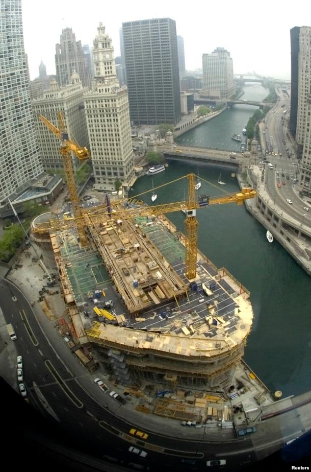 芝加哥川普國際酒店大廈(Trump International Hotel and Tower) (2006年5月)