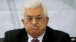 Presiden Palestina Mahmoud Abbas menolak tawaran transfer pajak oleh Israel (foto: dok).