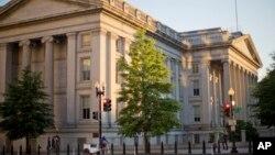 نمایی از ساختمان وزارت خزانه داری (دارایی) ایالات متحده در شهر واشنگتن - آرشیو