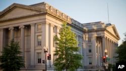 نمایی از ساختمان وزارت خزانه داری ایالات متحده در شهر واشنگتن - آرشیو