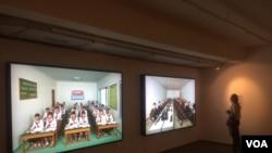 北韓加強在俄羅斯宣傳,2017年7月份在莫斯科舉辦北韓圖片展覽。(美國之音白樺拍攝)