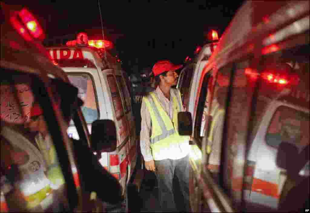 پی این ایس مہران پر دہشت گرد حملہ