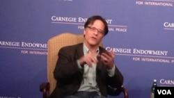 華盛頓卡內基國際和平基金會資深研究員佩蒂斯(美國之音莉雅拍攝)