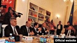 Učesnici parlamentarnog dijaloga u Crnoj Gori (rtcg.me)