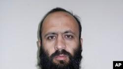 Hafiz Rashid, chỉ huy mạng lưới Haqqani ở Đông Nam Afghanistan, phụ trách việc cung cấp thiết bị cho các tay đánh bom tự sát