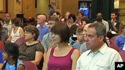 Služba u Kensingtonu, Maryland na kojoj sudjeluju 'vjerski miješane' obitelji