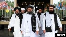 تجزیہ کاروں کا کہنا ہے کہ امریکہ اور طالبان کے درمیان ممکنہ امن معاہدے کے تحتافغانستان سے امریکی افواج کاانخلاافغانستان کے مسئلے کا صرف ایک چوتھائی حل ہے۔ (فائل فوٹو)