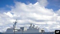 피랍 선박을 추적하는 한국 청해부대(자료사진)