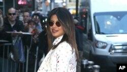 La actriz Priyanka Chopra en Nueva York. 6/2/19. Foto de: KGC-146/STAR MAX/IPx.