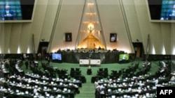 İran Ekonomi Bakanı Hakkında 'Yüce Divan' Süreci Başlatıldı