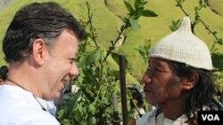 Por la mañana, Santos tuvo una toma de posesión simbólica ante comunidades indígenas.