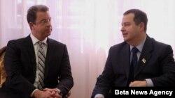 Predsednik Vlade Srbije Ivica Dačić i glavni tužilac Tribunala u Hagu Serž Bramerc tokom susreta u Vladi Srbije.