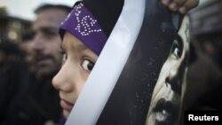 Eronda prezident Barak Obamaga qarshi namoyishlar, Tehron, 13-yanvar, 2012-yil.