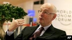 Ο Κλάους Σουάμπ, ιδρυτής του Παγκόσμιου Οικονομικού Φόρουμ στο Νταβός της Ελβετίας
