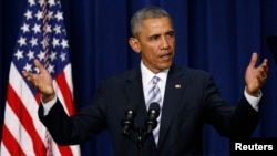 18일 백악관에서 열린 폭력적 극단주의 대처를 위한 정상회의에서 바락 오바마 미국 대통령이 기조연설을 하고 있다.