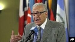 Lakhdar Brahimi, aserukira amakungu ku vyerekeye igihugu ca Syria