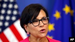 U.S. Secretary of Commerce Penny Pritzker speaks during a news conference in the Commission Berlaymont building in Brussels, Belgium, July 12, 2016.