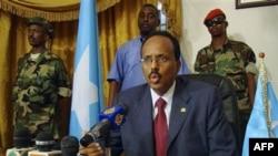 Thủ tướng Mohamed Abdulahi Mohamed nói chính phủ của ông vui mừng trước cái chết của bin Laden nhưng cũng chuẩn bị những vụ trả đũa