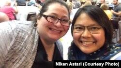 Niken Astari, bersama Rabbi Emily Losben (berbaju hitam). Bulan Ramadan lalu, Niken menjadi pembicara dalam sejumlah acara diskusi lintas agama di masjid, gereja dan sinagoga di kota Erie. (Foto courtesy: Niken Astari)